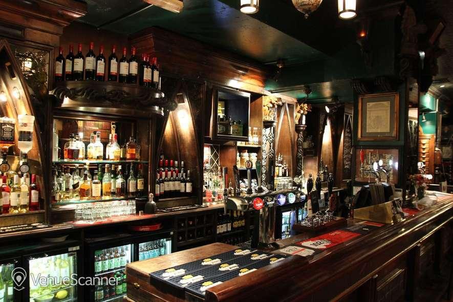 Hire London Stone Whole Bar Hire 3