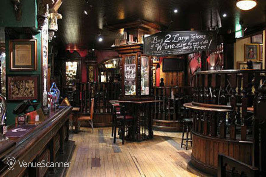 Hire London Stone Whole Bar Hire 5