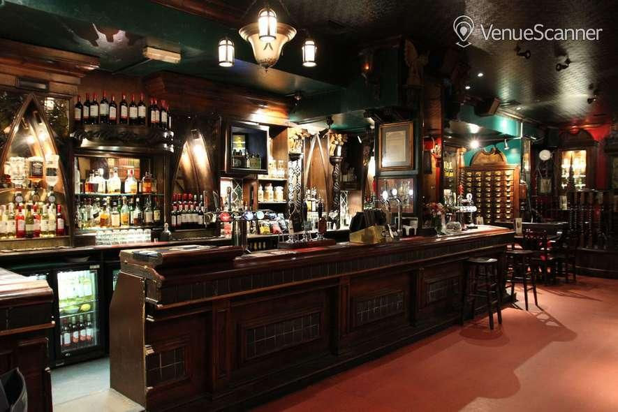 Hire London Stone Whole Bar Hire 4