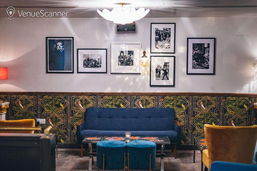 Hire Callooh Callay Chelsea Geisha Lounge  5