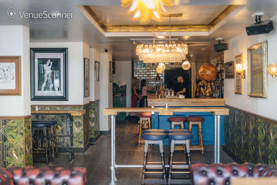 Hire Callooh Callay Chelsea Geisha Lounge  8