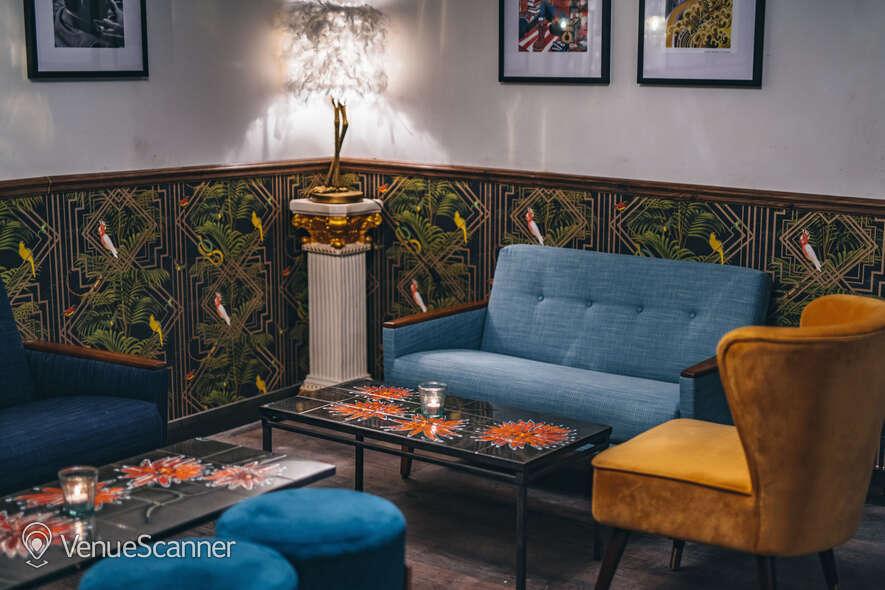 Hire Callooh Callay Chelsea Geisha Lounge  3