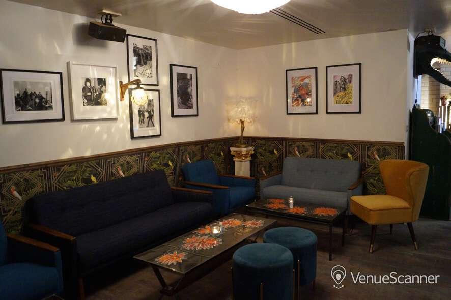Hire Callooh Callay Chelsea Geisha Lounge  6