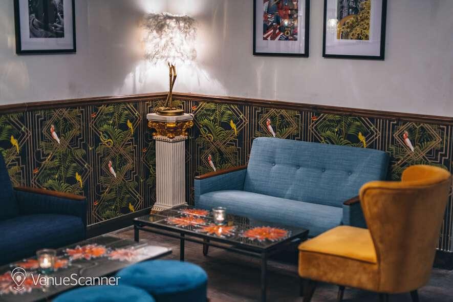 Hire Callooh Callay Chelsea Geisha Lounge  7