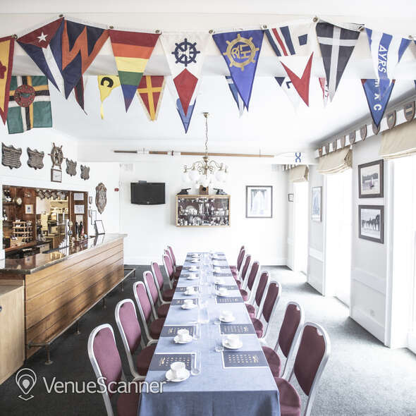 Hire Linden House The Members Bar 12