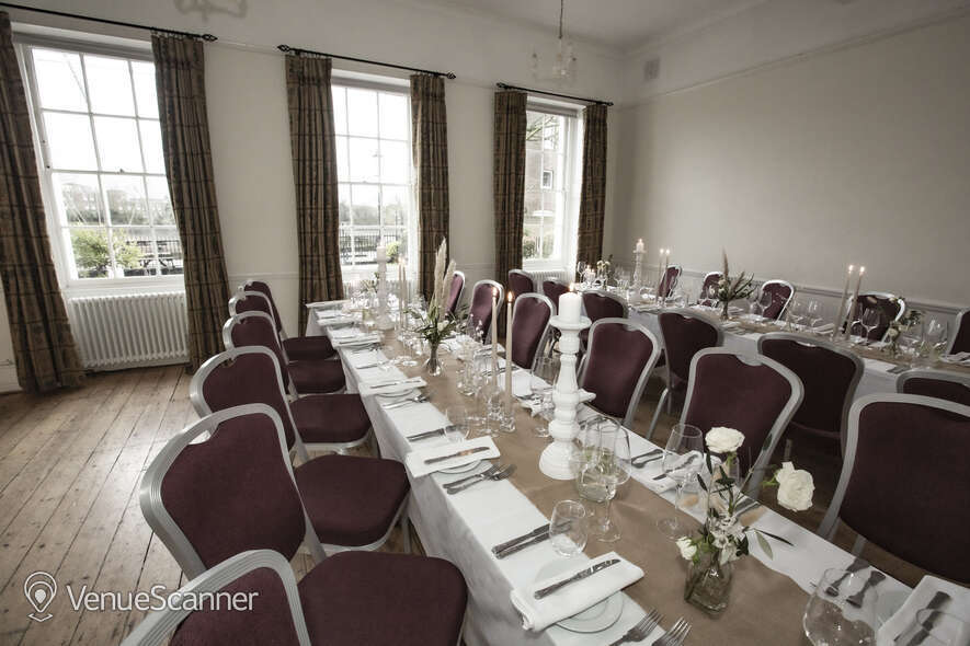 Hire Linden House The Captains Room 5