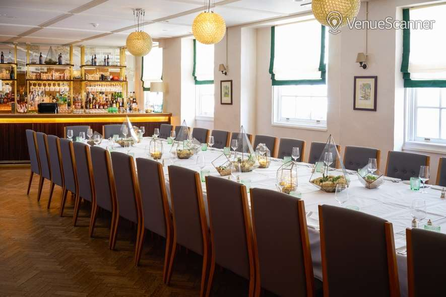 Hire Hush Mayfair The Sir Roger Moore Room 7