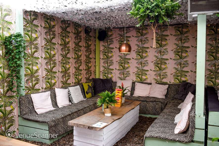 Hire Neverland London Fulham Beach Small Area Hire 4