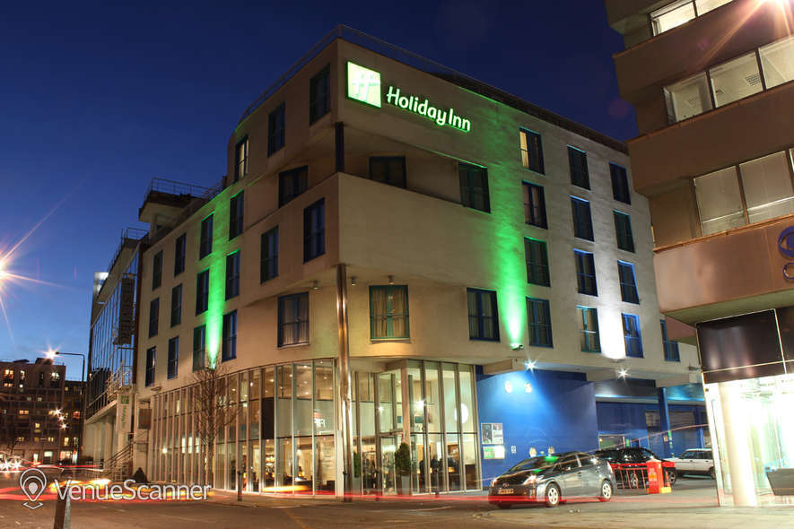 Hire Holiday Inn Camden Lock 2