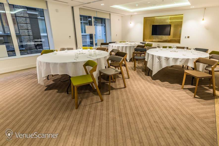 Hire Farmers & Fletchers In The City Court Room And Reception Area 6
