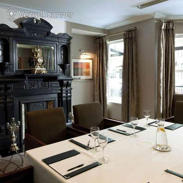 Hire Malone Lodge Hotel Cranmore Suite 1