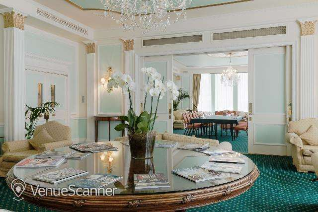 Hire Army Navy Club Drawing Room 4