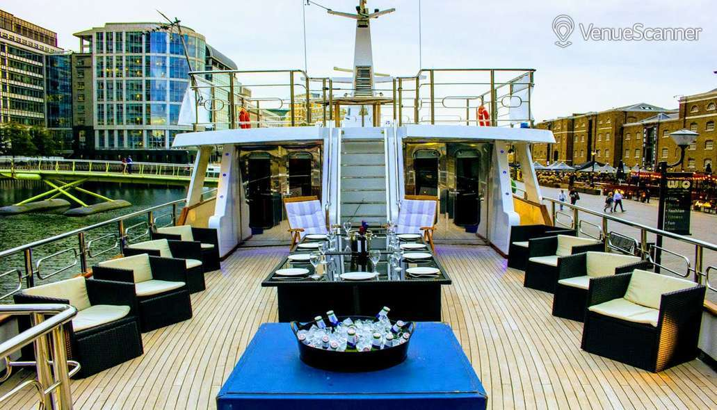 Hire Absolute Pleasure Yacht Exclusive Hire