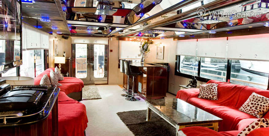 Hire Absolute Pleasure Yacht Exclusive Hire 3