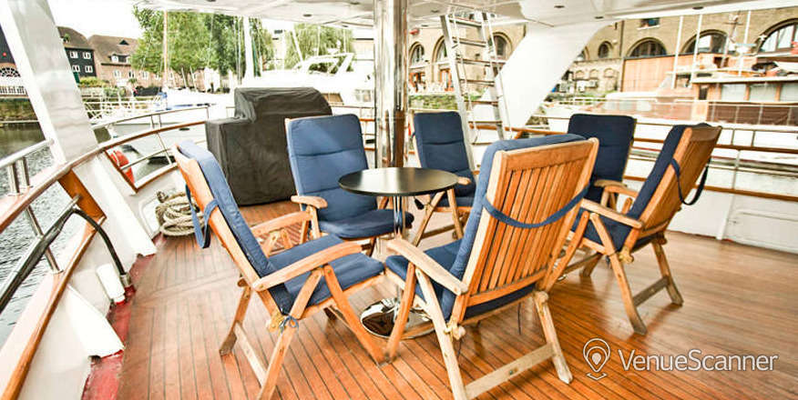 Hire Absolute Pleasure Yacht Exclusive Hire 1