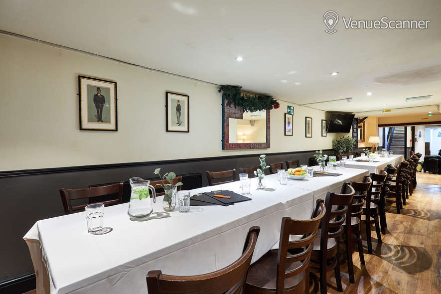 Hire St Christophers Inn Private Room 9
