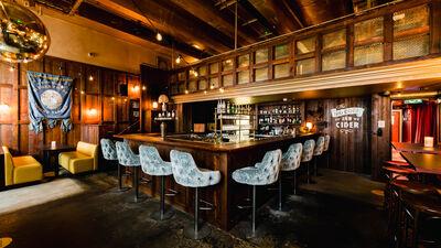 The Breakfast Club Canary Wharf, The Breakfast Pub