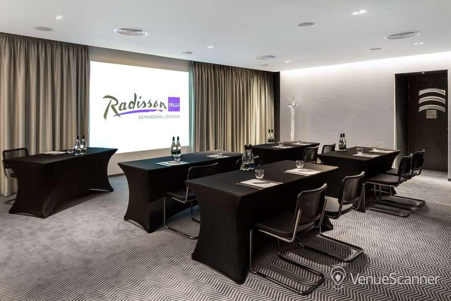 Hire Radisson Blu Edwardian, Mercer Street Private Room 6 3