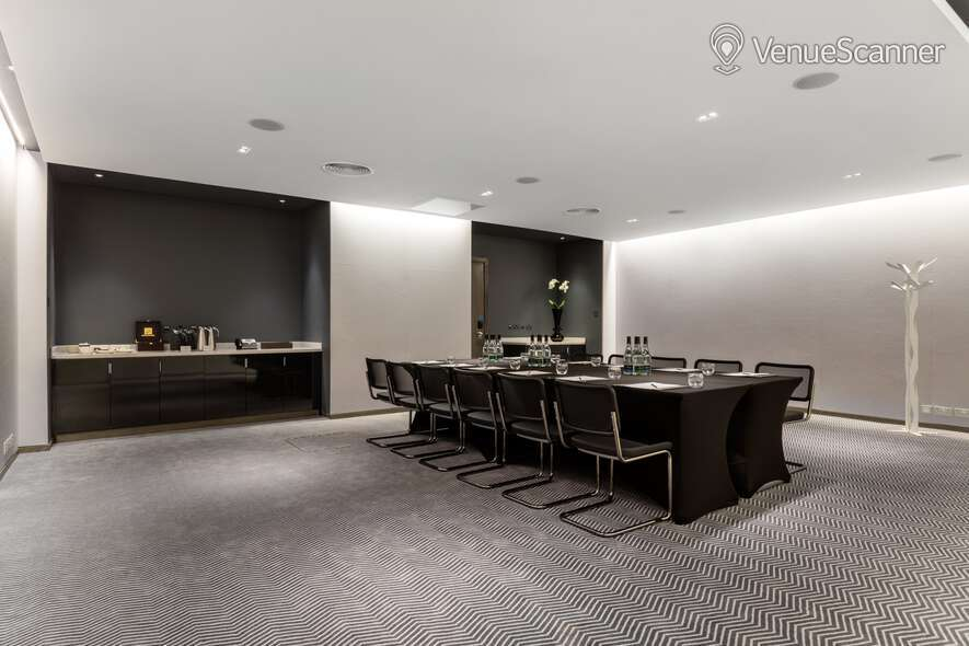 Hire Radisson Blu Edwardian, Mercer Street Private Room 6 4