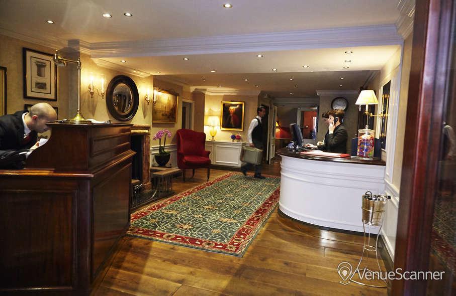 Hire The Capital Hotel Knightsbridge Metro