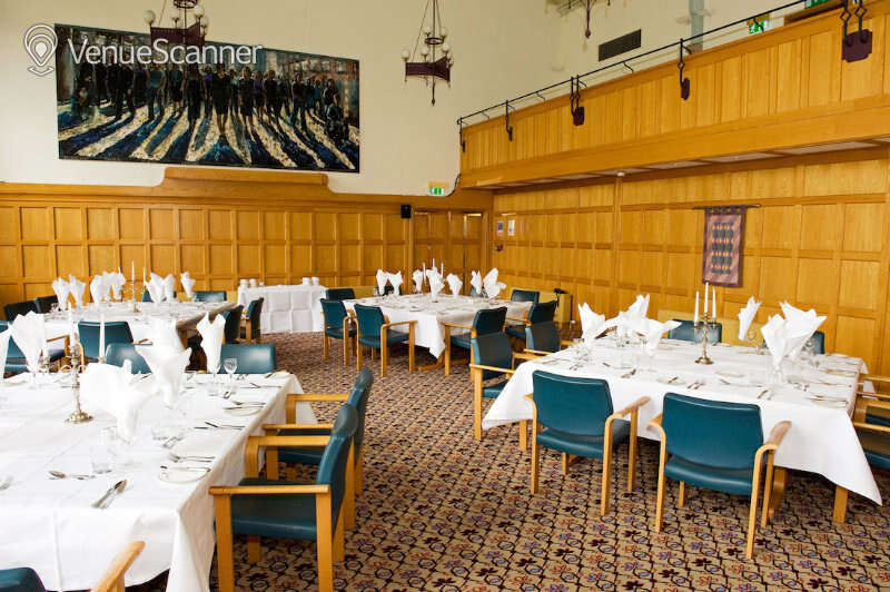 Hire Queen's University Belfast Canada And Council Chamber 1