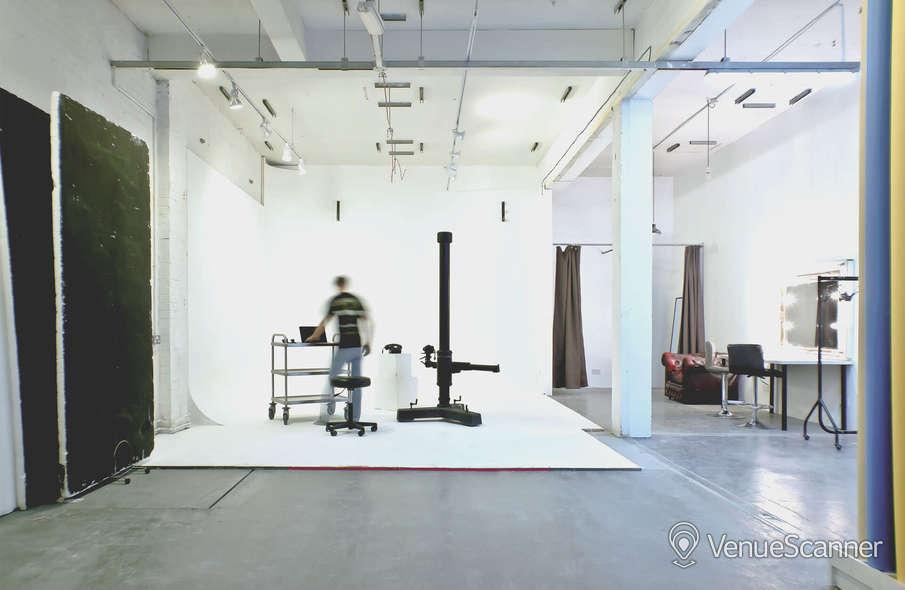 Hire Mowlem Studios Main Studio 4