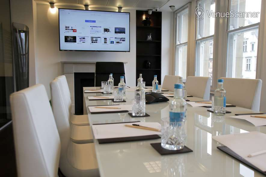 Hire Piccadilly Chambers Mayfair Boardroom 2