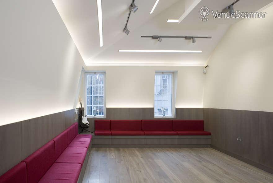 Hire Handel & Hendrix In London The Studio