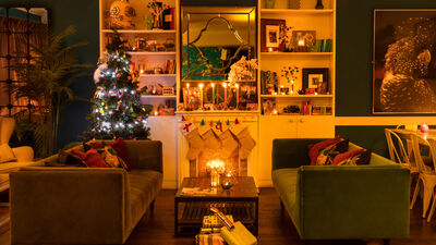 The Little Yellow Door, Christmas At The Little Yellow Door