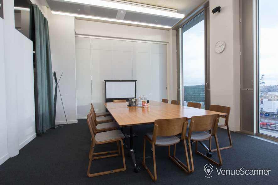 Hire The Office Group Gridiron Meeting Room 7