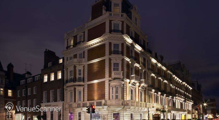 Hire The Mandeville Hotel Reform Social and Grill 5