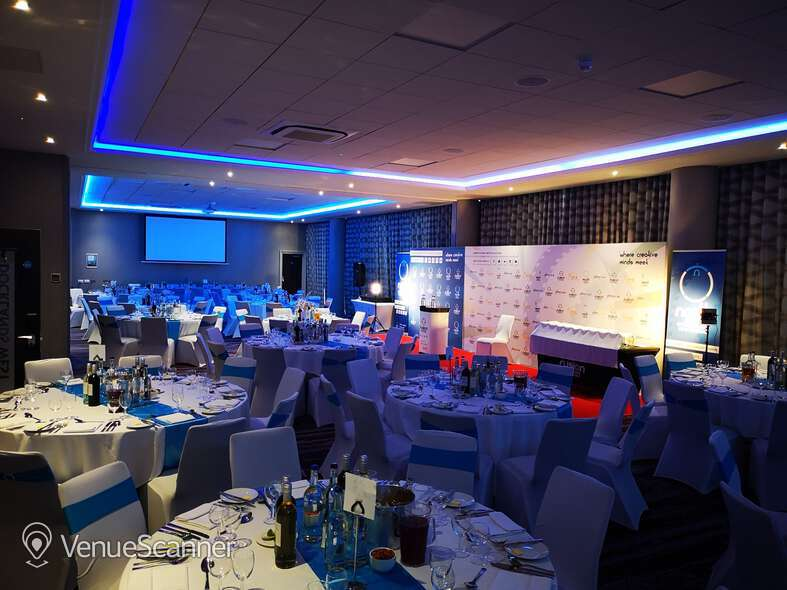 Hire Crowne Plaza London Docklands Docklands Suite 3