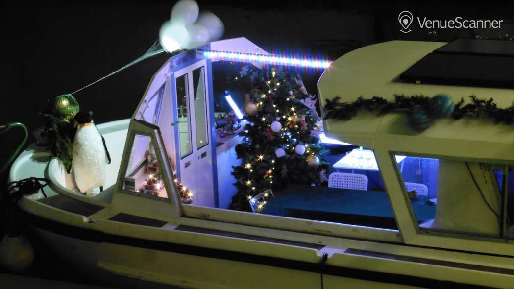 Hire The Floating Showroom The Whole Boat 4