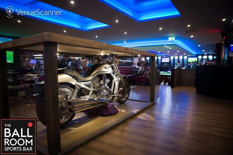 Hire The Ball Room Sports Bar & Pool Hall Meadowbank Pool Party Room 22