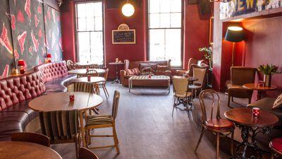 Cherry Reds Cafe Bar Bosta Room 0