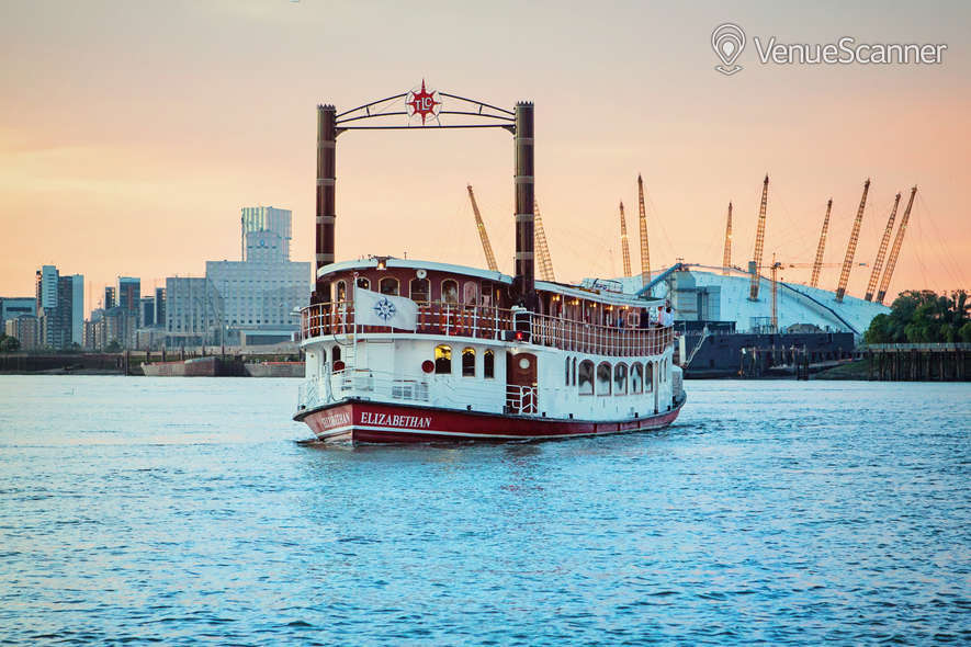Hire Thames Luxury Charters Elizabethan 6