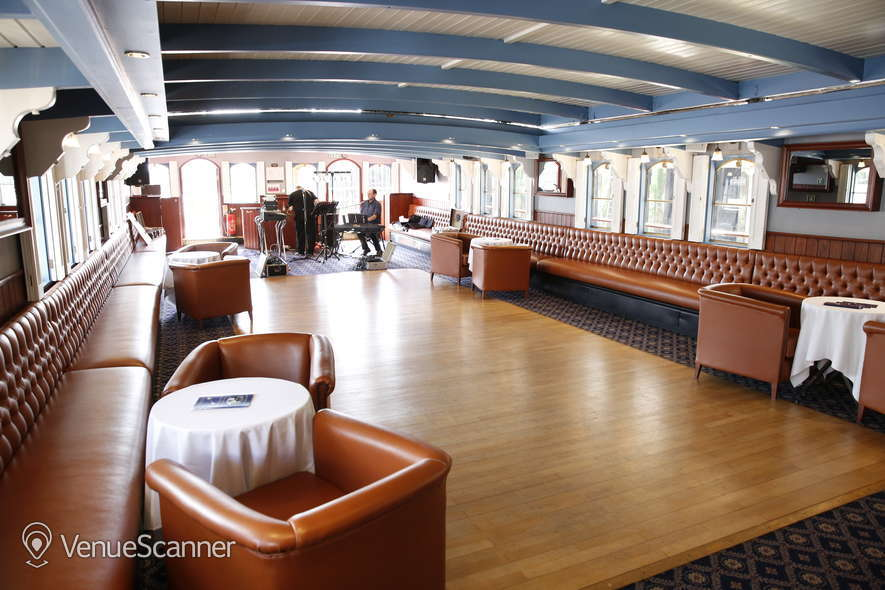 Hire Thames Luxury Charters Elizabethan 3