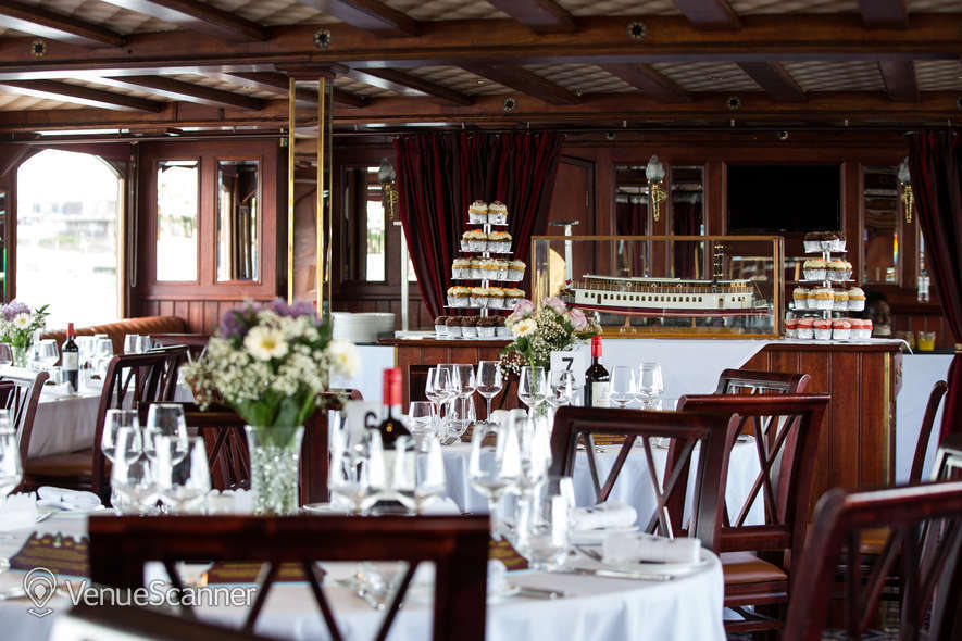 Hire Thames Luxury Charters Elizabethan 2