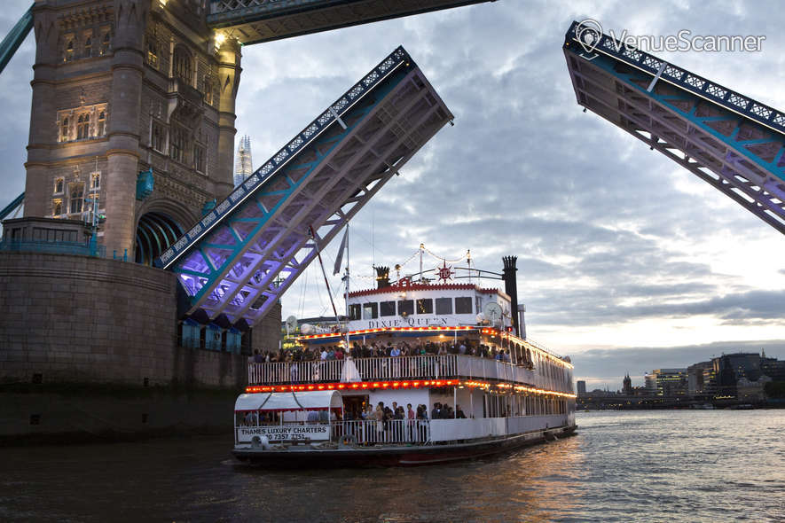Hire Thames Luxury Charters Dixie Queen 7