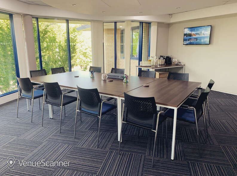 Hire MSO Workspace | Birmingham Airport Jupiter Suite 1
