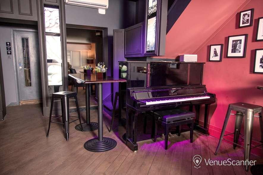 Hire Club 16 Soho Piano Bar