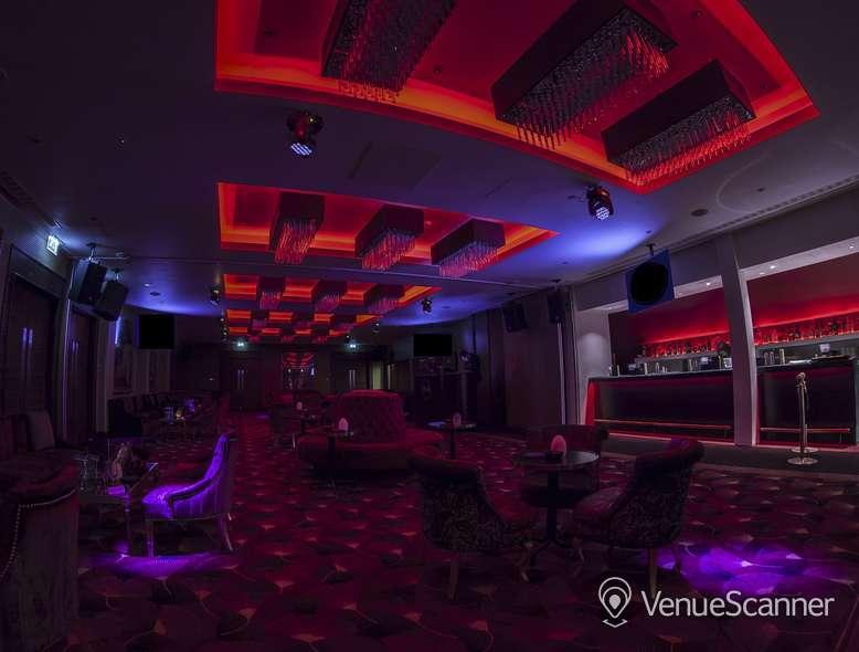 Hire Holiday Inn London - Kensington High Street Balmoral Suite 4