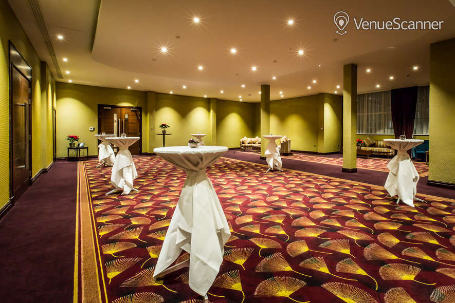 Hire Holiday Inn London - Kensington High Street Balmoral Suite 2