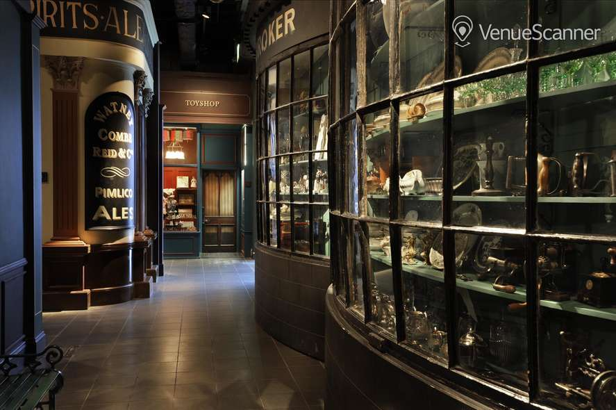 Hire Museum Of London Gallery Packages 2