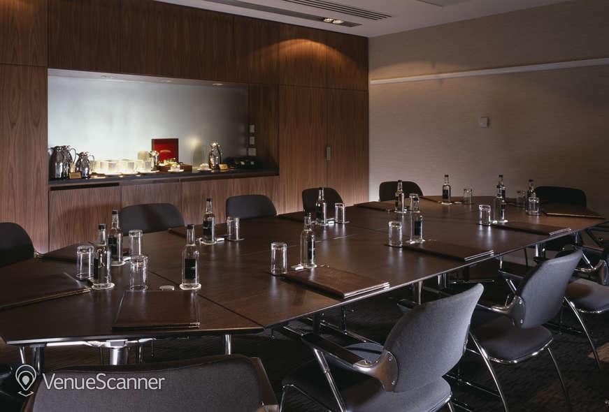 Hire Royal Lancaster London Willow Suite
