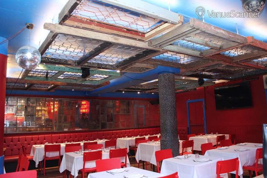 Hire Mestizo Frida Khalo Room 1