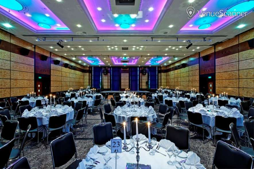 Hire Leonardo Royal London City Lion Suite 1