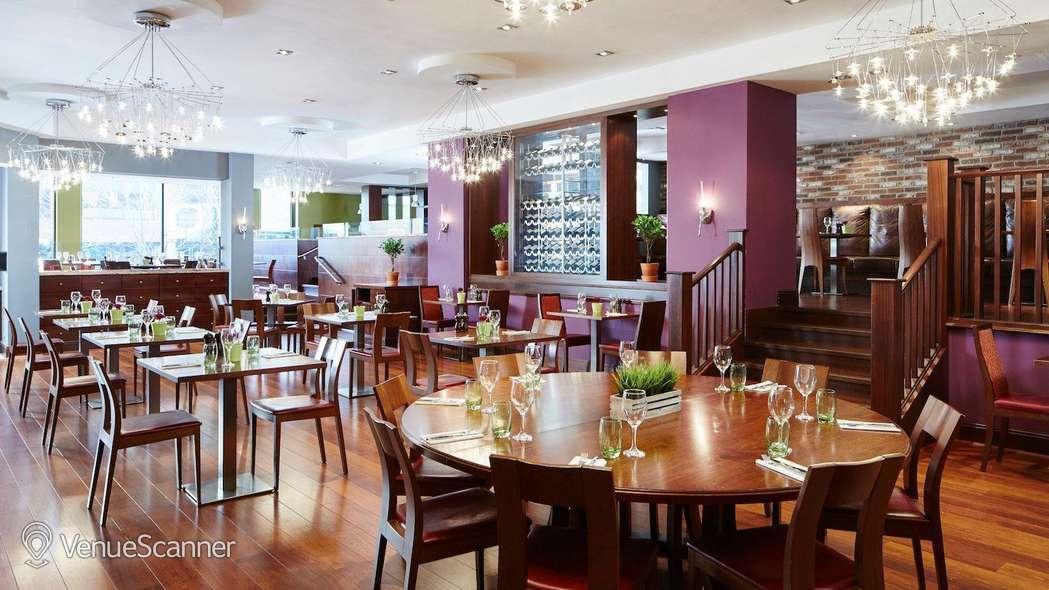 Hire Cardiff Marriott Hotel 16
