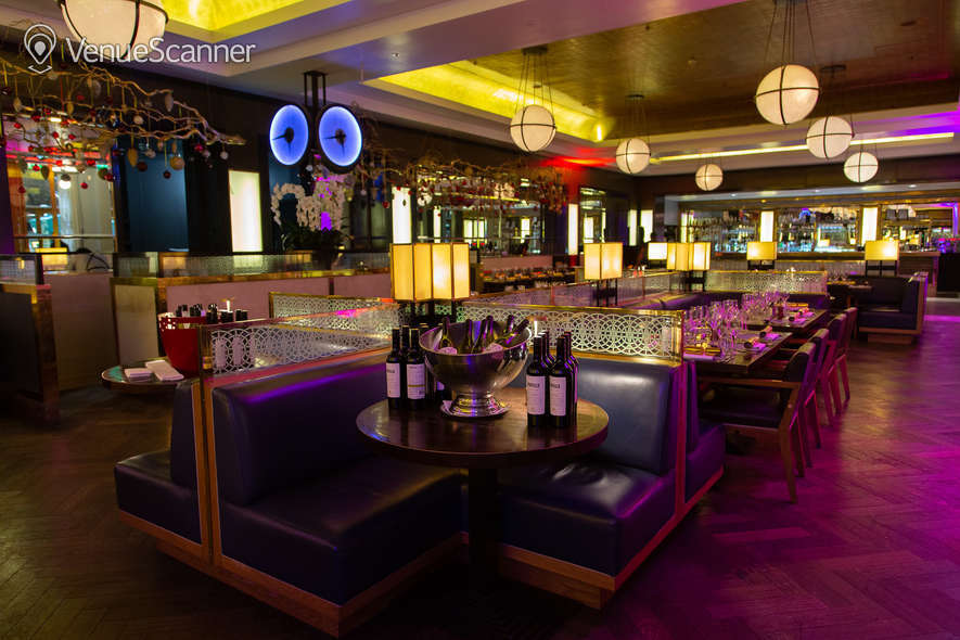 Hire St Pancras Brasserie & Champagne Bar By Searcys Christmas Party