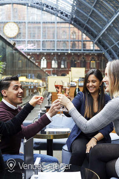 Hire St Pancras By Searcys Champagne Bar 7